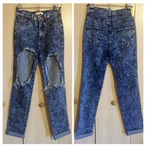 High busted ripped knee holes acid wash jeans